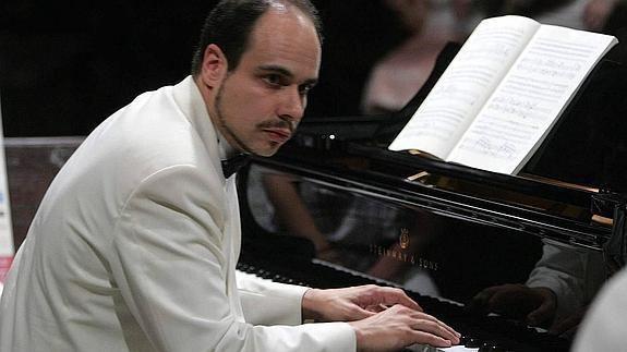 Claudio Martínez Mehner El concierto de Claudio Martnez Mehner se aplaza hasta el 25 de