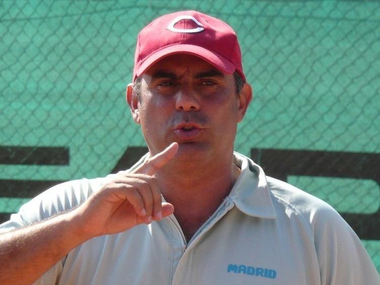 Claudio Pistolesi I 48 anni di Claudio Pistolesi Il mio campo da tennis il mondo