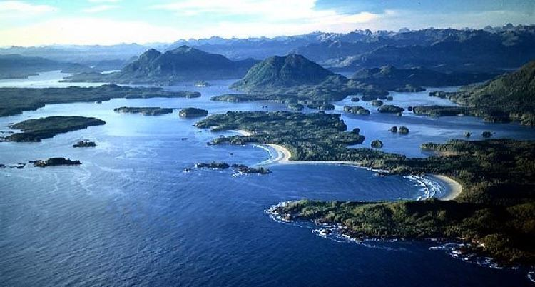 Clayoquot Sound GIVING BACK Hartbreakers Charters Tofino Charters