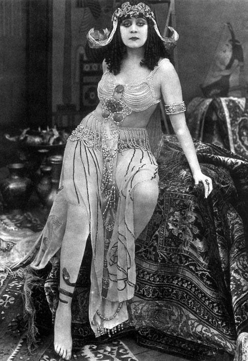 Cleopatra (1917 film) prettycleverfilmscomfiles201210Cleopatra1917