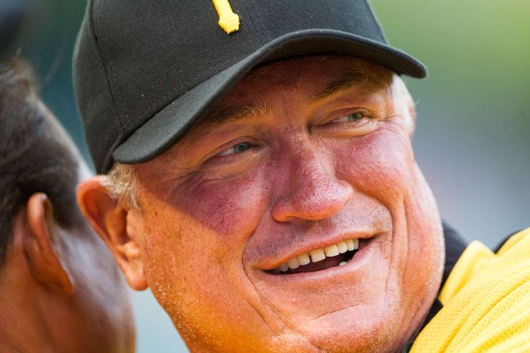 Clint Hurdle How I Learned To Stop Worrying And Tolerate Clint Hurdle The Classical