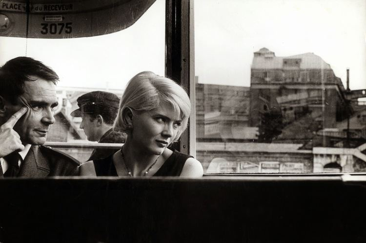 Cléo from 5 to 7 Essay Day Realism and Character Study in Agnes Varda39s 39Clo From