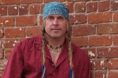 Cody Lundin CODY LUNDIN Minimalist and primitive skills expert
