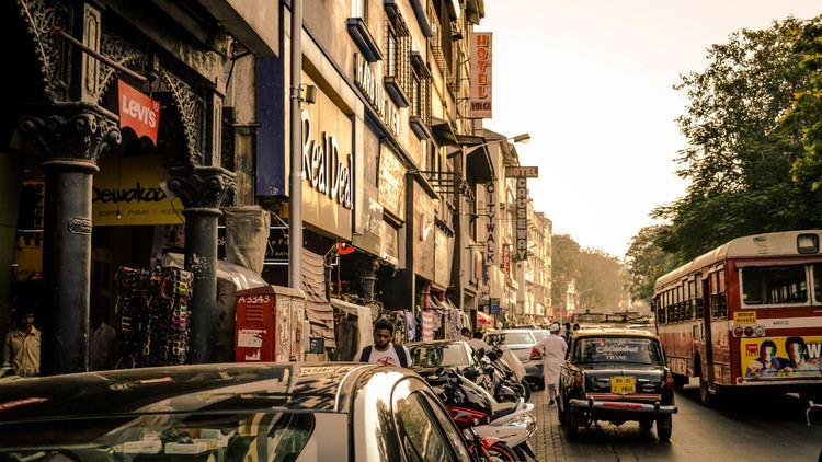 Colaba Causeway imagesmapsofindiacommyindia201411colabacau