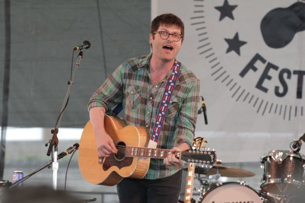Colin Meloy The Decemberists Colin Meloy announces solo tour new EP