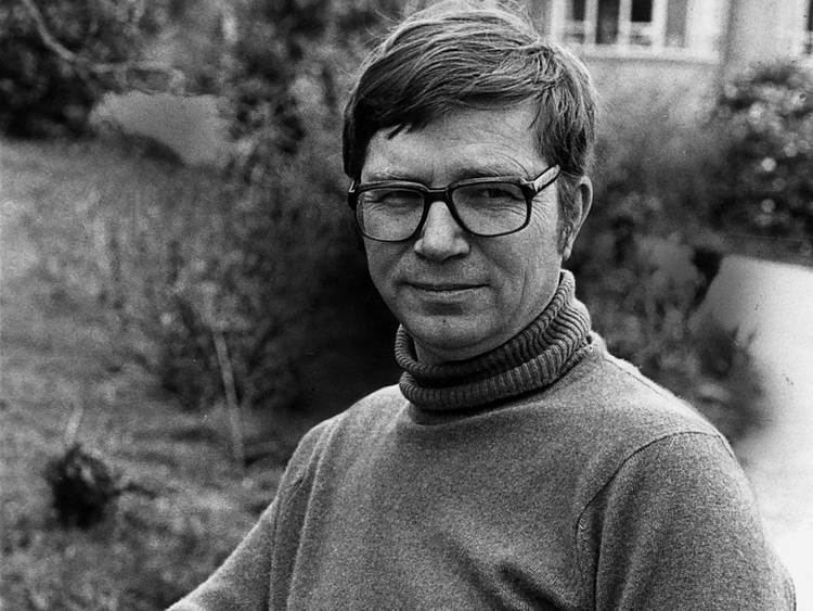 Colin Wilson Colin Wilson Author Obituaries News The Independent