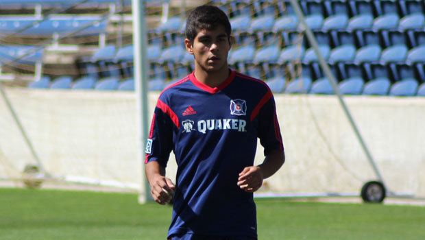 Collin Fernandez Collin Fernandez talks decision to sign professional at age 17