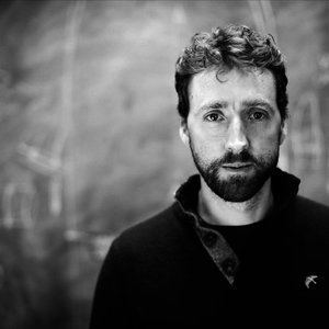 Colm Mac Con Iomaire Colm Mac Con Iomaire Listen and Stream Free Music Albums New