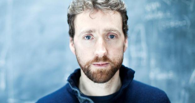 Colm Mac Con Iomaire Colm Mac Con Iomaire weathers the musical storms