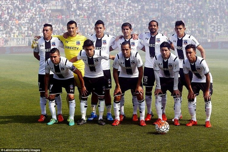 Colo-Colo Violent clashes between Colo Colo and Santiago Wanderers fans sees