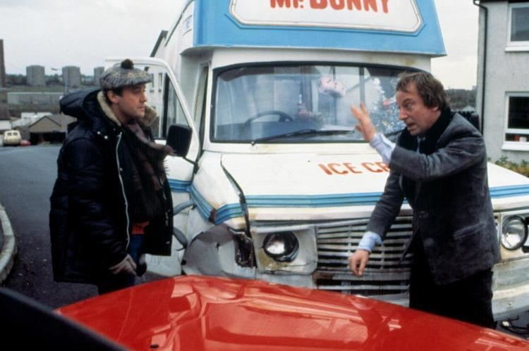 Comfort and Joy (1984 film) Comfort and Joy 1984 film Alchetron the free social encyclopedia