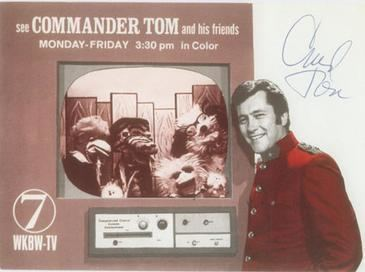 Commander Tom httpsuploadwikimediaorgwikipediaen448Com