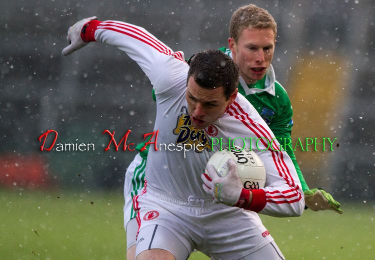 Conor Gormley Conor Gormley shields the ball from Daryl Keenan Damien