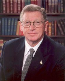 Conrad Burns httpsuploadwikimediaorgwikipediacommonsthu
