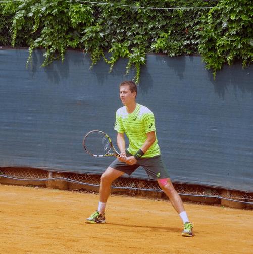Corentin Denolly Tennis Zoom sur Corentin Denolly espoir franais