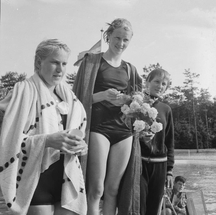 Corrie Schimmel FileJudith de Nijs Corrie Schimmel Astrid Ording 1959jpg