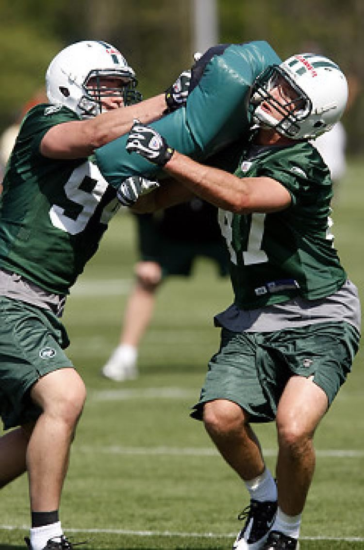 Cory Reamer Jets ink two rookie freeagent LBs NY Daily News
