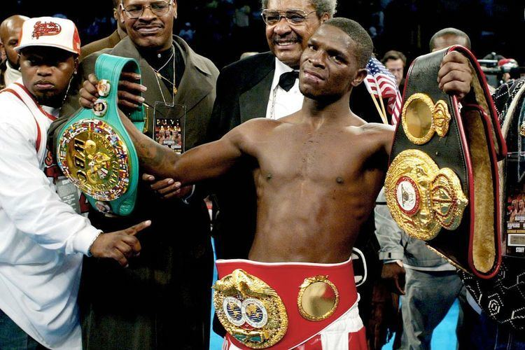 Cory Spinks Cory Spinks retires from boxing after onesided loss to Carlos
