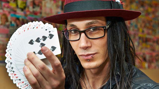 Cosentino (illusionist) Magician Cosentino enchants Woman39s Day Woman39s Day