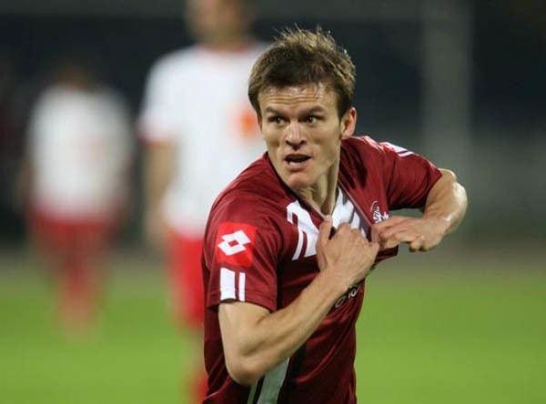 Costin Lazăr Costin Lazar a semnat cu FC Voluntari Rapid Bucuresti Rapid
