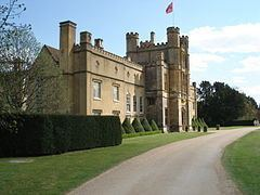 Coughton, Warwickshire httpsuploadwikimediaorgwikipediacommonsthu