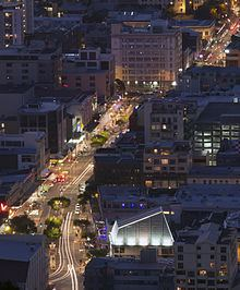 Courtenay Place, Wellington httpsuploadwikimediaorgwikipediacommonsthu