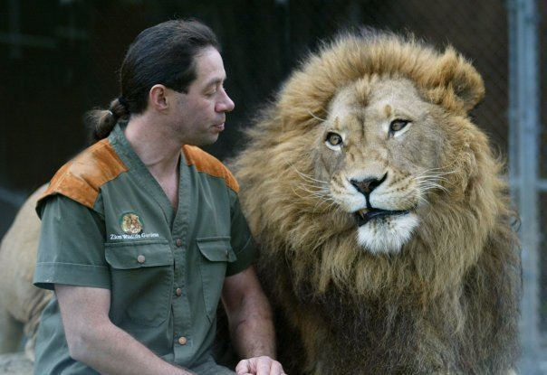 Craig Busch Craig Busch the Lionman images Craig and his cats wallpaper and