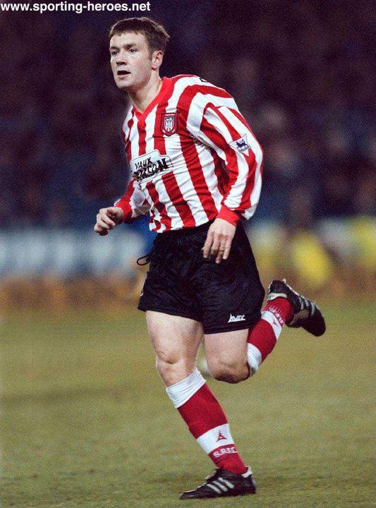 Craig Russell (footballer) wwwsportingheroesnetcontentthumbnails001801
