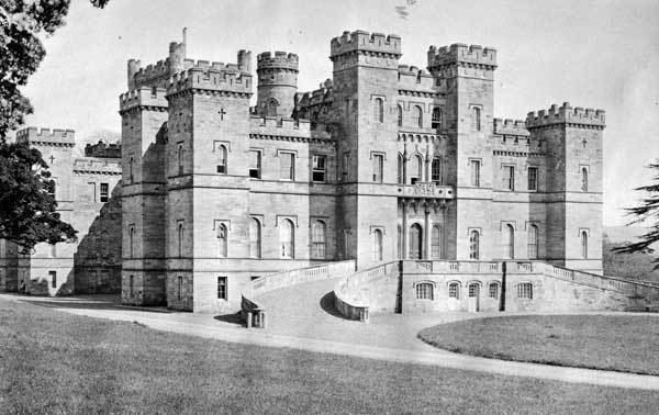 Crawford Castle Clan Crawford their Castle and information