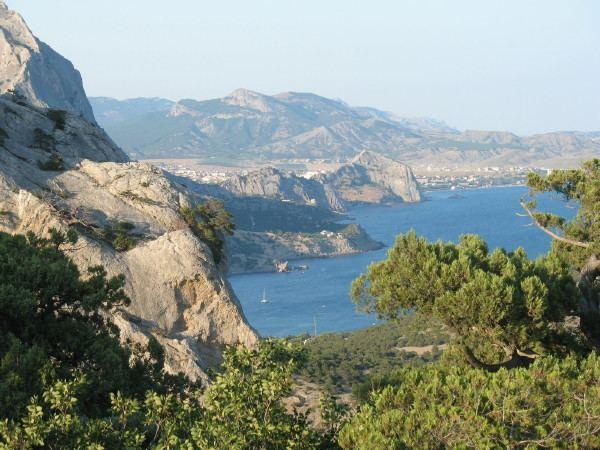 Crimea wwwencyclopediaofukrainecompic5CC5CR5CCrimea