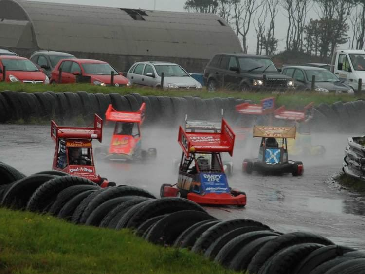 Crimond Raceway Hardie Race Promotions HRP Stock Car Banger and Hot Rod Racing