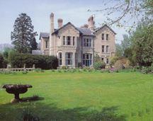 Crimplesham Hall httpsuploadwikimediaorgwikipediacommons44