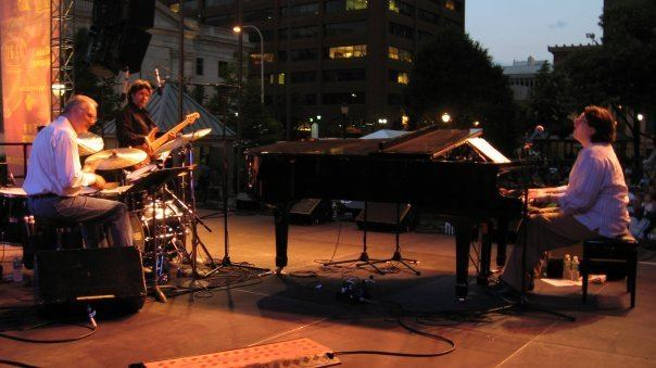 Crimson Jazz Trio Expos Online Artists Crimson Jazz Trio