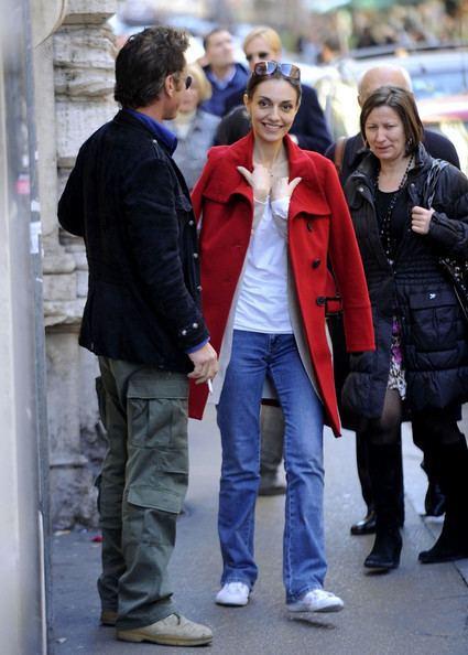 Cristina Serafini Cristina Serafini Photos Photos Sean Penn loves Italian ladies