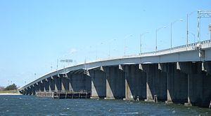 Cross Bay Veterans Memorial Bridge httpsuploadwikimediaorgwikipediacommonsthu
