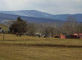 Cross Mountain (Pennsylvania) httpsuploadwikimediaorgwikipediacommonsthu
