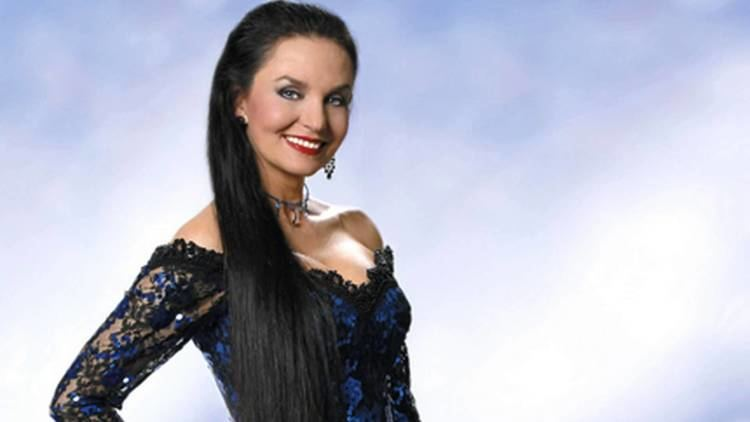 Crystal Gayle Crystal Gayle Talks Fame and Family Sports and