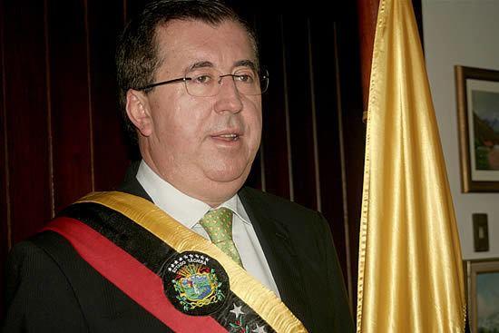 Cesar Perez Vivas cesarperezvivasjpg