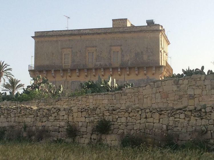 Cumbo Tower - Alchetron, The Free Social Encyclopedia