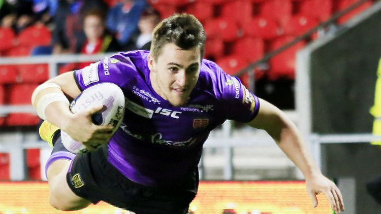 Curtis Naughton Curtis Naughton signs a contract extension with Hull FC Rugby
