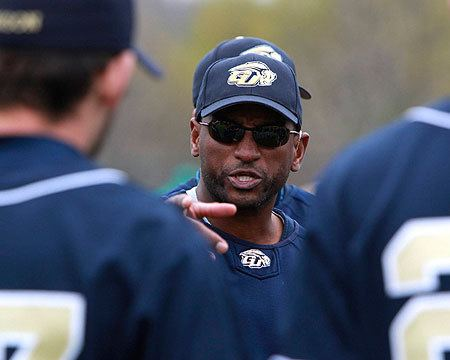 Curtis Pride Ten Questions with Gallaudet baseball coach Curtis Pride Gallaudet