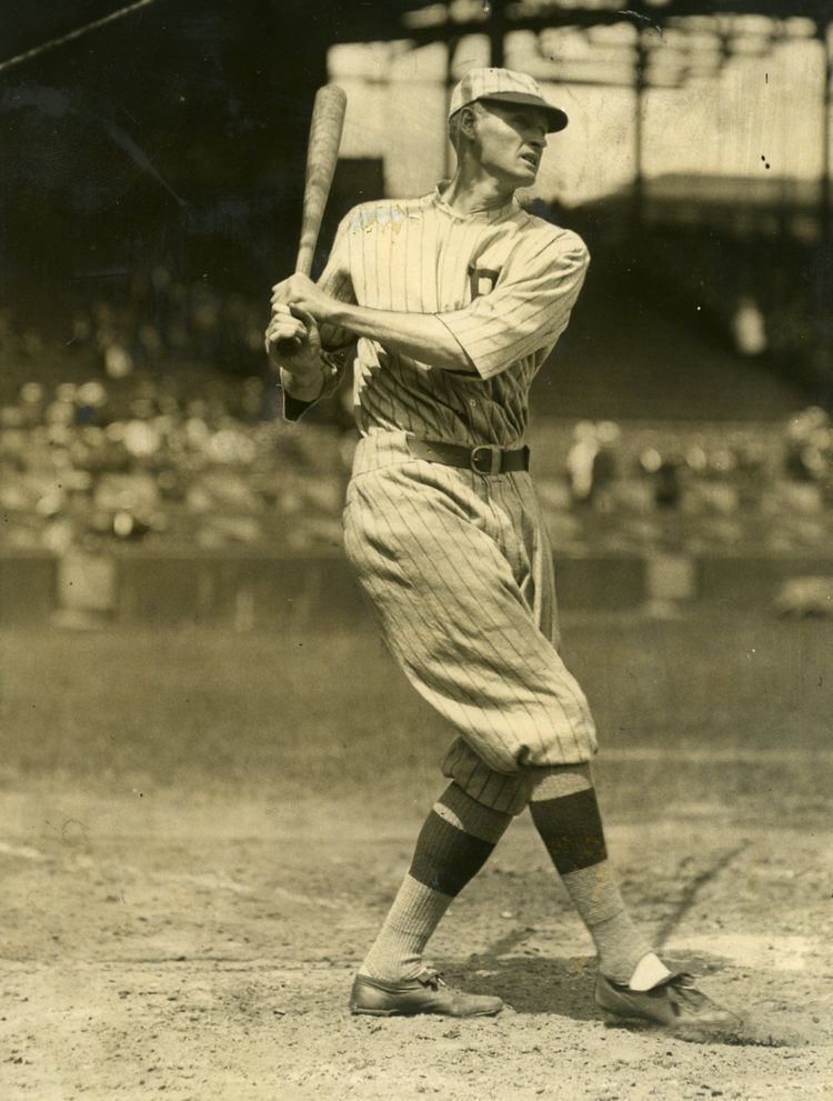 Cy Williams Lot Detail 1923 Cy Williams Philadelphia Phillies