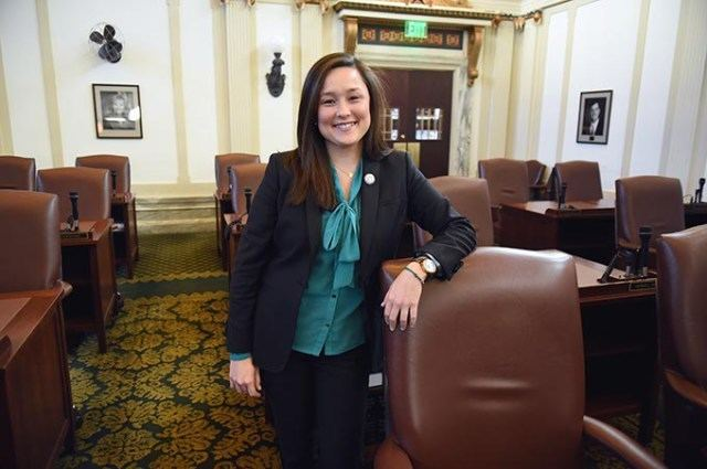 Cyndi Munson Cyndi Munson prepares to take place in Oklahoma Legislature