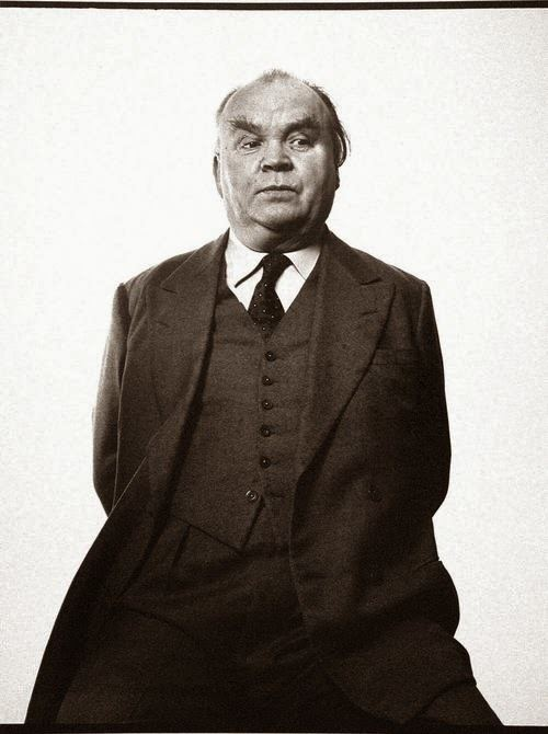 Cyril Connolly A Bloomsbury Life A Very Cool Guy You Really Should Know