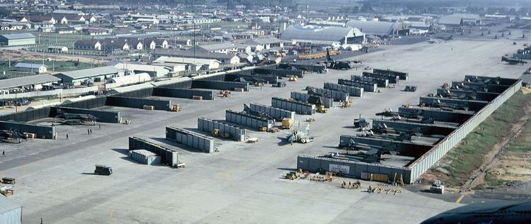 Da Nang Air Base httpsuploadwikimediaorgwikipediacommons11