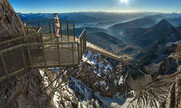 Dachstein glacier httpssmediacacheak0pinimgcomoriginals76