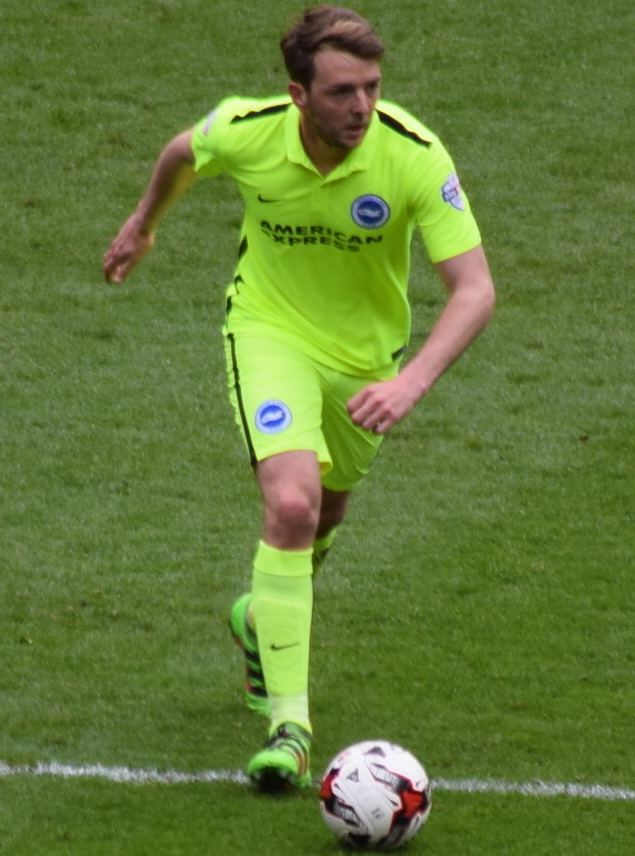 Dale Stephens (footballer) Dale Stephens footballer Wikipedia