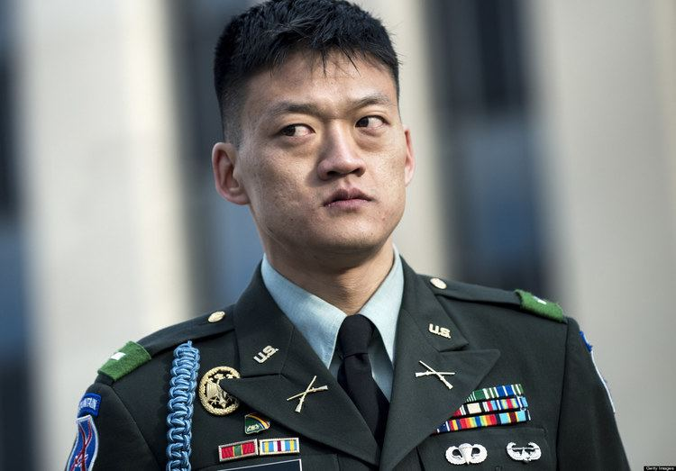 Dan Choi Lt Dan Choi Convicted Gay Military Activist Fined 100