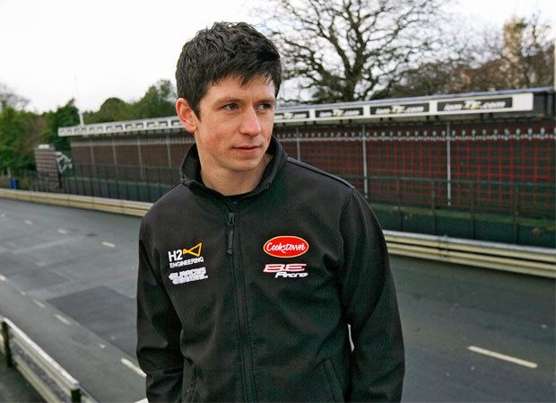 Dan Kneen Dan Kneen teams up with John Burrows for 2014 TT campaign Isle of