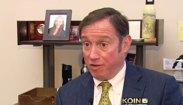Dan Saltzman Opposition surfaces to using Terminal 1 for homeless